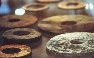 Las piedras Dropa: ¿Discos de piedra como evidencia de vida extraterrestre en la Tierra?